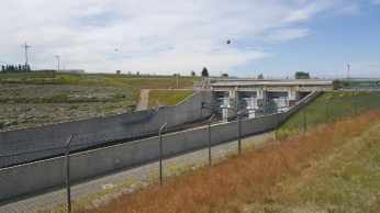 Canadian St. Mary Diversion Dam